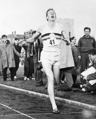 gladwell-the-ordinary-greatness-of-roger-bannister